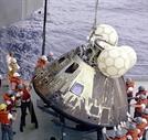 [세계사 속 오늘] 달 착륙하려다 되돌아온 이야기