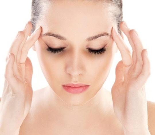 [서경씨의 #썸타는_쇼핑]아직도 피부과 다니세요?…연말연시 똑똑한 셀프 피부관리법