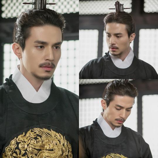 """'도깨비' 이동욱, 고려왕 왕여 모습 드디어 공개된다 """"저는 누구입니까?"""""""