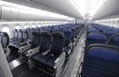 '승객 강제 퇴거' 유나이티드 항공사, 피해자와 합의