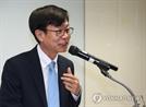 """김상조 """"골목상권 질서 확립 단기 최우선 과제"""""""