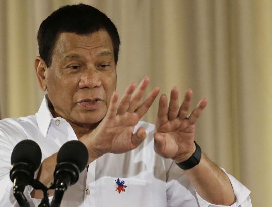 """IS """"마닐라·런던 테러, 우리 지시로 한 것 맞다··믿어달라"""" 항변"""