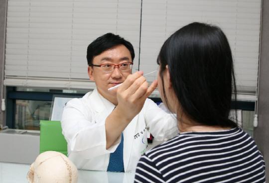 여름 휴가철 눈성형, 자신에게 필요한 수술방법 정확히 체크하세요