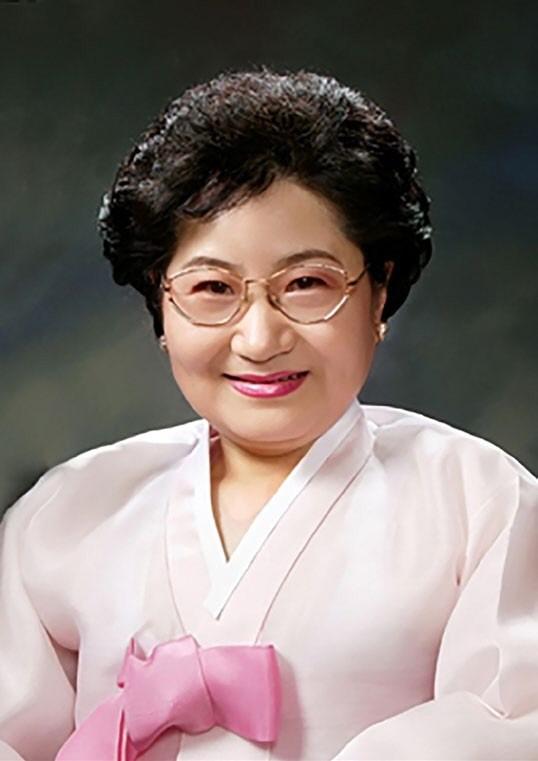 2017 대한민국 LEADER 대상|유박영 웰에이징센터 원장
