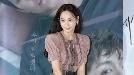 윤승아, '톤 다운된 핑크로 고풍스럽게' (메소드 언론시사회)