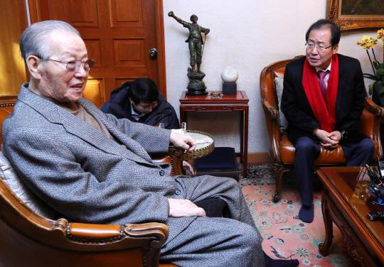 김종필 '개헌한다면서 국민 설득 하나도 안하고 있다'