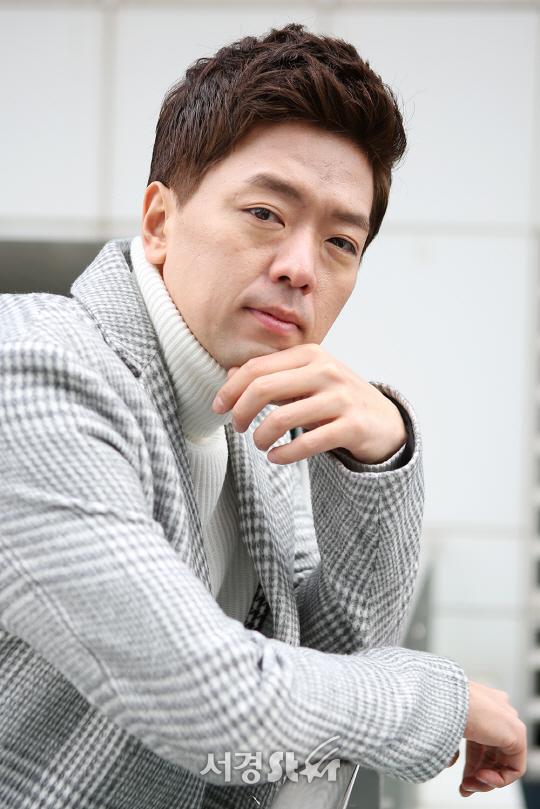 """[SE★인터뷰①]'황금빛' 김성훈, """"박시후씨에게 3만원씩 받고 다니는 사채업자 아닙니다"""""""