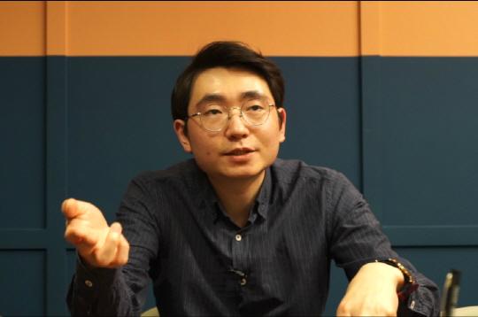 """[블록체인 프론티어] 표철민 """"'한국의 비탈릭 부테린 키우고 싶다"""""""