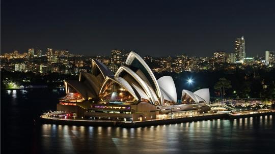 """호주 주요 은행 """"美·英과 달리 암호화폐 거래 금지 없다"""""""