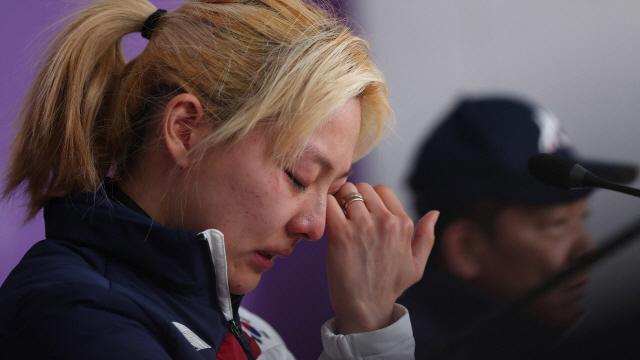 [영상]'팀추월 사태 긴급 기자회견' 김보름 '내 잘못이 크다'