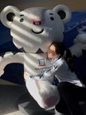 """'전설' 이상화, 수호랑과 포옹 """"잊지 못할 2018 평창동계올림픽"""""""