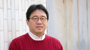 [SE★이슈] 조근현 감독, '여배우 성희롱 논란'..現 미국 체류