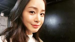 """김태희 근황, 여전히 빛나는 미모 """"오래간만에 광고 촬영"""""""