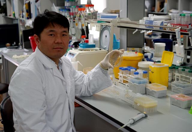[사이언스]박희성 교수, 원하는대로 '변형 단백질' 제조..암·치매 신약 개발 길 열어
