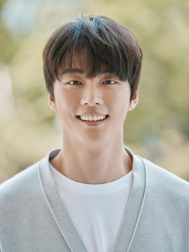 """[SE★인터뷰②] 윤시윤, 10년차 배우의 조건…""""조금 부족해도 열심히"""""""