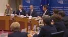 유럽의회 간 저커버그...정보유출 공식 사과