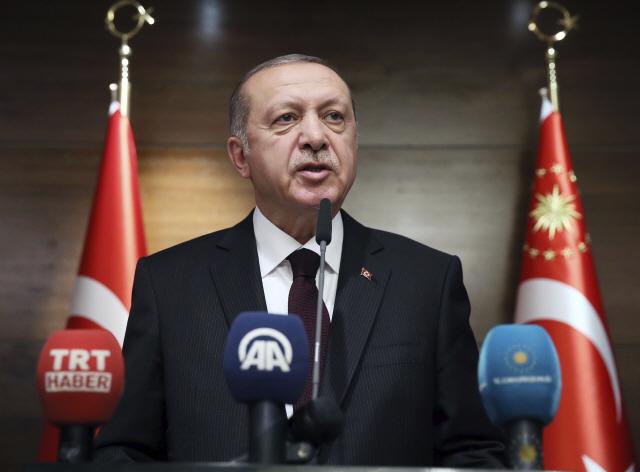 [백브리핑]에르도안 터키 대통령 '우버 영업 종료시킬것' 선언했는데...