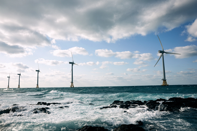 [국내 첫 해상풍력 '탐라 발전소' 가보니] '소음없고 주민에 수익...해상풍력이 딱이죠'