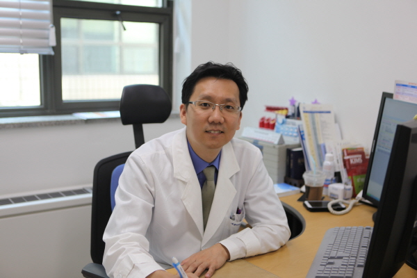 라메디텍, 바늘 없는 레이저 채혈기 'HandyRay', 단국대 병원과 허가 후 임상 통한 제품 우수성 입증… 글로벌 시장 공략 본격화