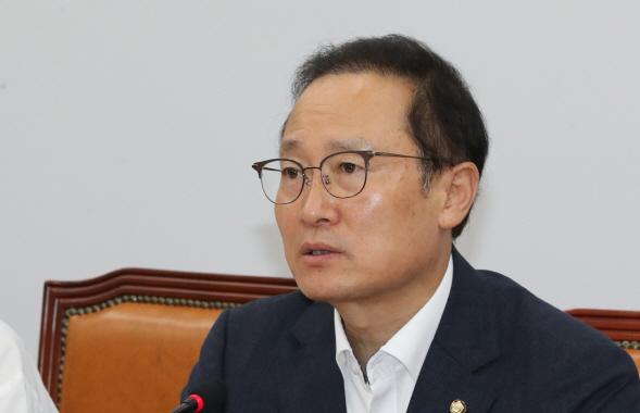 홍영표 '삼성이 세계 1위 된 건 협력업체 쥐어짠 결과'