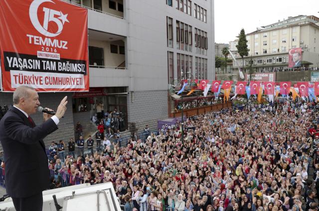 에르도안 '터키 위기 아냐...금·달러 팔아 리라화 사라'