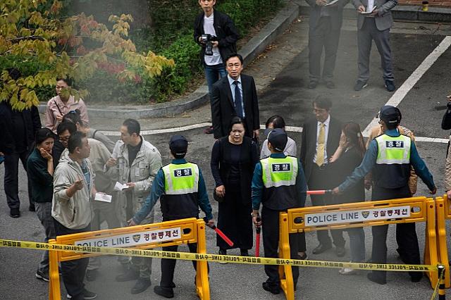 [리뷰] '목격자', 가장 무서운건 '살인범' 아닌 '사람들'