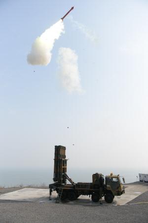 LIG넥스원, 방위사업청과 4,390억 규모 '철매-II 성능개량' 양산 계약