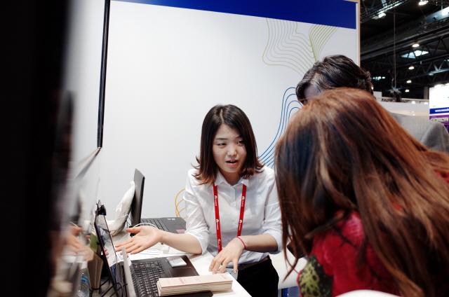 [#그녀의_창업을_응원해] 문과생의 늦깎이 '기술창업' 도전기