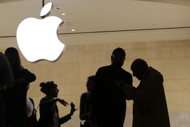 애플, 아이폰 이벤트 트위터로 첫 생중계