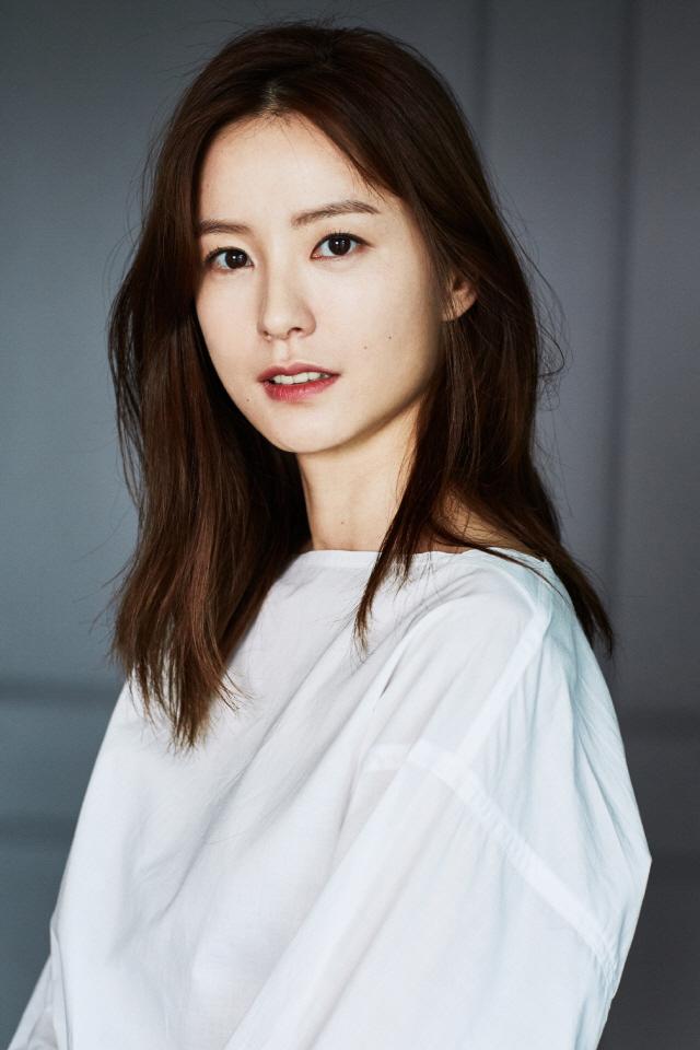[공식] '82년생 김지영' 배우 정유미 캐스팅 확정