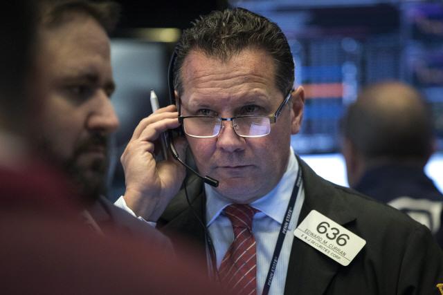 골드만삭스도 반도체 전망 하향, 투자자 우려