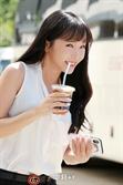 """홍진영, """"여자 광고모델 브랜드평판 1위""""...2위 아이린, 3위 아이유, 4위 김태리"""