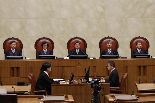 [디센터 아카데미(2부)]⑧블록체인, 중개인·변호사·법원을 재정의할까