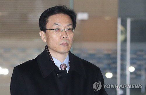 김희범 전 차관, 특검 출석…'문화계 블랙리스트' 김기춘 개입 의혹 밝히나?