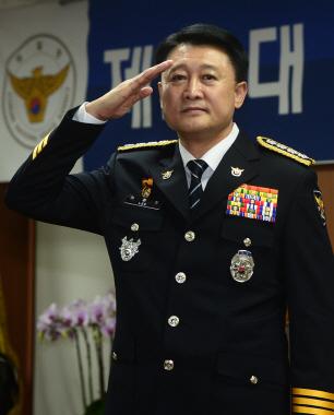 이철성 경찰청장 '우리의 노력과 국민들 협조로 가장 평화로운 집회'