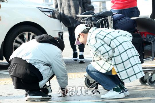 샤이니(SHINee) 종현-온유, 개미를 찾아라! (인천공항 출국)