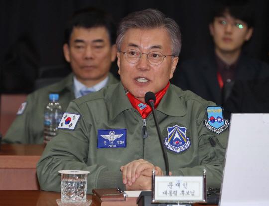 """文, """"北 6차 핵실험 강행? 돌아올 수 없는 다리 건널 것"""""""