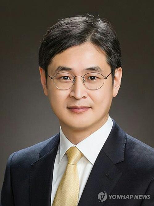 '반부패비서관' 박형철 검사는 누구?…윤석열과 '국정원 댓글' 수사