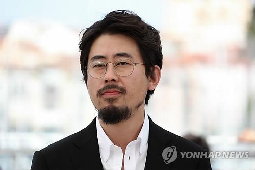 '2017 춘사영화상' 나홍진, 최우수감독상…하정우·손예진 남녀주연상