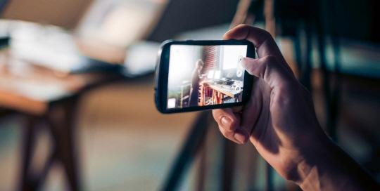 재미와 감동을 주는 기업 마케팅 모바일 바이럴 동영상이 뜬다
