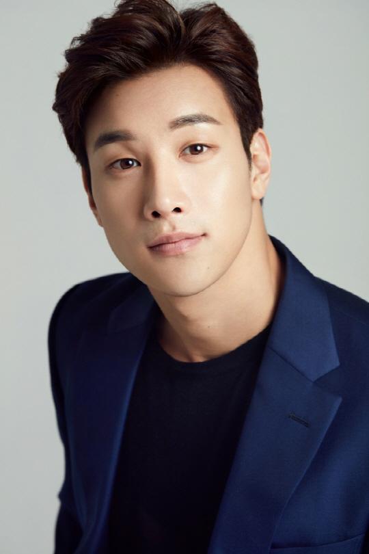 배우 이시강, SBS '해피시스터즈' 남주확정(공식)