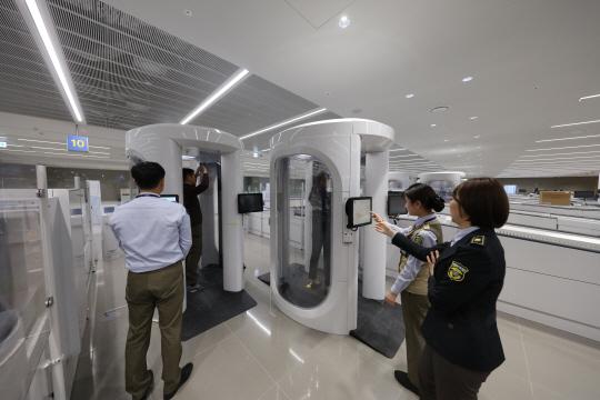 [재도약하는 인천공항]셀프체크인·자동 보안검사...서비스도 차별화