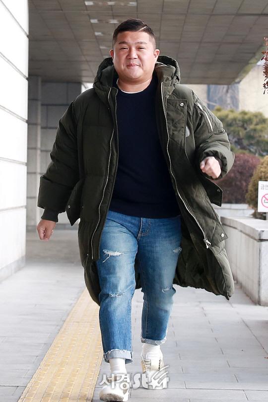 조세호, '예능 대세의 발걸음' (해피투게더 출근길)
