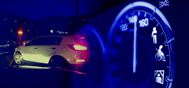 [예의를 지킵시다]도심서 90㎞ 달리고…회전 교차로서 추월…아슬아슬 운전 일상화