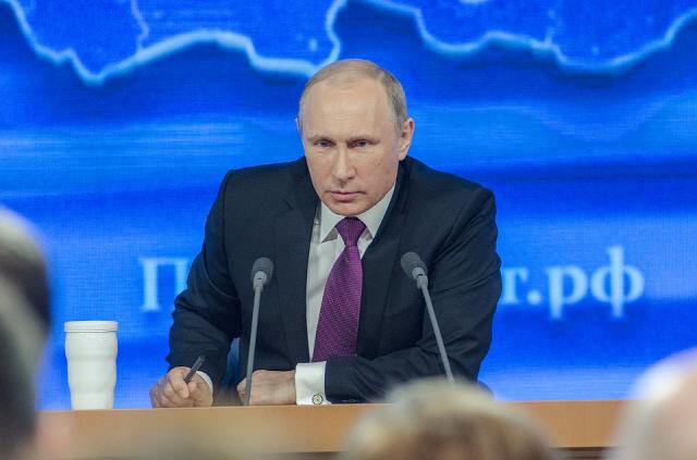푸틴 '7월 1일까지 암호화폐 법안 마련하라'