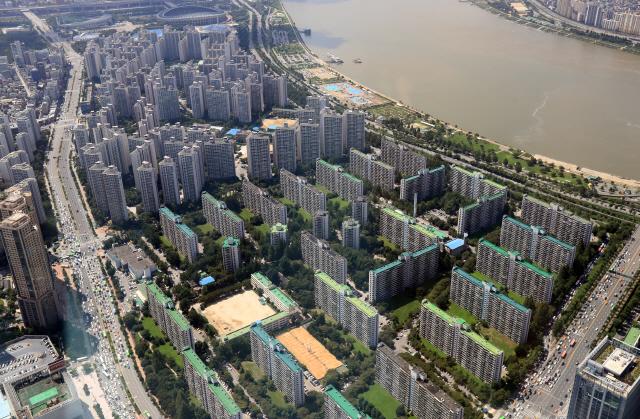 '보유세 인상이 부동산 근본대책…임대주택 확대만으론 한계'