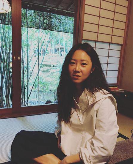 '뺑반' 공효진 근황, 일본 여행 도중 '찰칵'...'내추럴 시크'