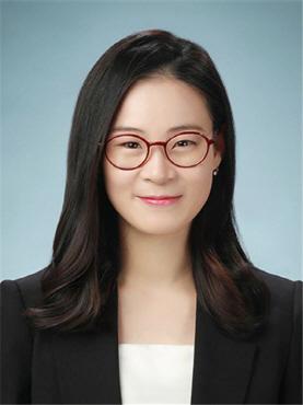 시각장애 김예원 변호사 '서울시 복지상' 대상 품어