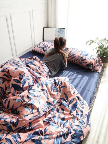 """[#그녀의_창업을_응원해]""""그런 침대에서 자고 싶어?"""""""