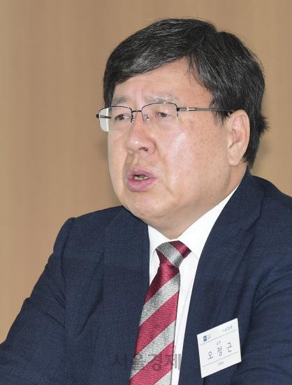 '스위스, 블록체인으로 일자리 11만개 창출…한국도 규제프리 특구 조성, 벤치마킹을'